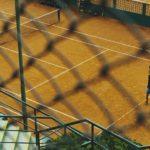 teren tenis de camp